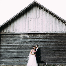 Wedding photographer Roman Medvedev (fotoshoot84). Photo of 23.09.2018