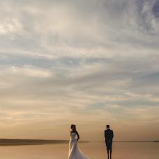 Wedding photographer Viktor Skrypnik (madcat). Photo of 05.08.2014