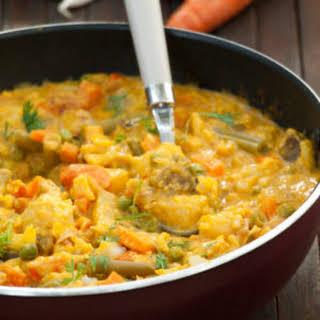 Vegetable Korma Recipe - Simple creamy mix veg kurma curry {without coconut}.