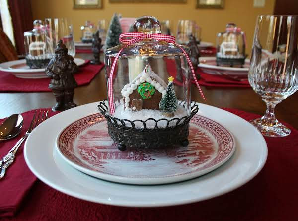 Tiny Gingerbread Houses ~ One For Each Place Setting