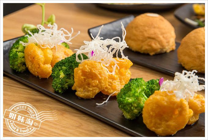 糖朝港式料理金沙蝦球