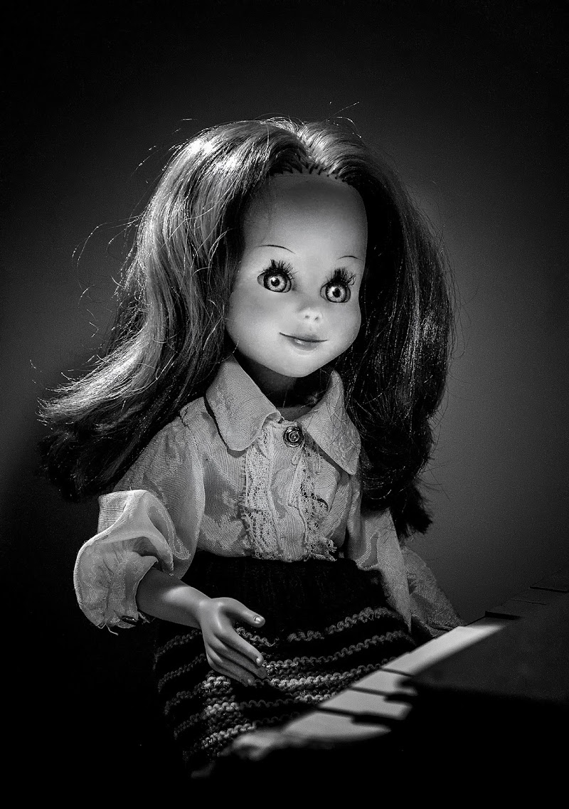Fascinating doll di Livius