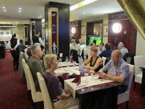 Photo: Rou4HR106-150930Bucarest, hôtel Minerva, restaurant, dîner, tables IMG_8586