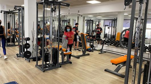 Un gimnasio para Tabernas, un centro de día para Paterna y mejoras en Alboloduy
