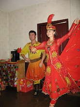 Photo: We also had a traditional Uighur meal, complete with performers doing traditional Uighur dances.