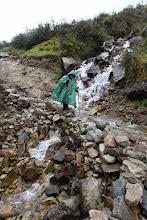 Photo: Por la época pasamos varios cortes de agua Mollepata - Machupichu Semana Santa 2015