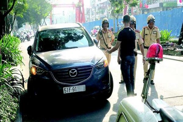 Phạt nguội lái xe ô tô ở Đà Nẵng