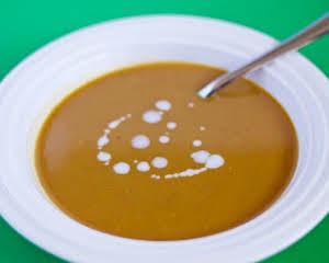 Coconut curry pumpkin soup