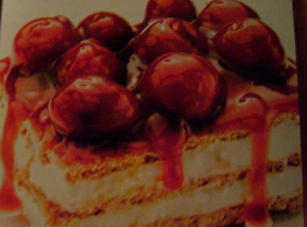 You Can See The Layers In This Picture. This Photo Is From The Older Cook Book,  Called Easy Homemade Desserts. They Look Just Like This When You Make Them.