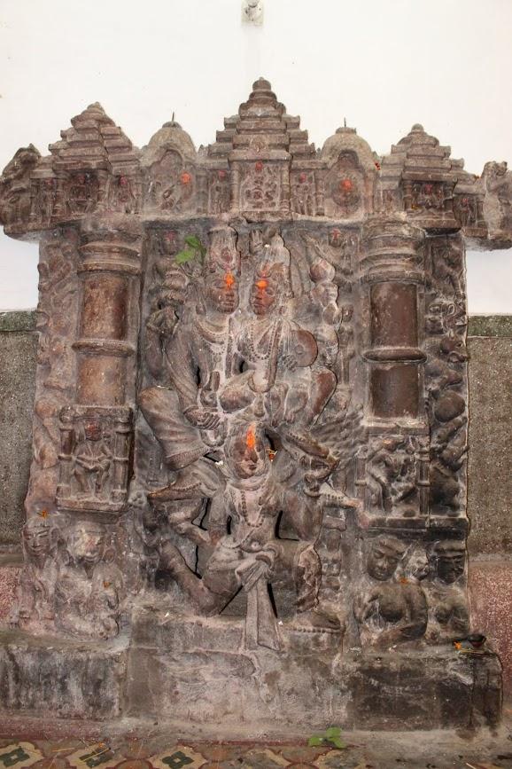 Vishnu and Lakshmi on Garuda | Image placed in mandapa