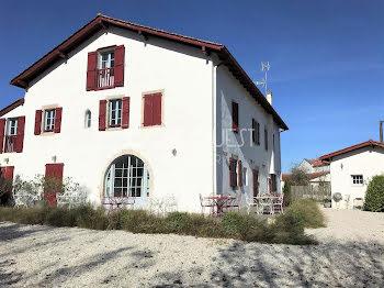 maison à Ahetze (64)