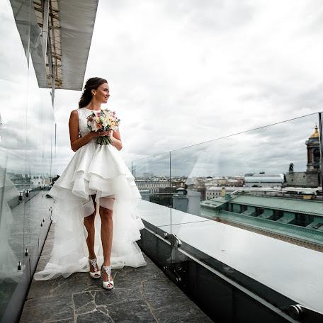 Wedding photographer Dmitriy Lebedev (Lebedev). Photo of 16.02.2018
