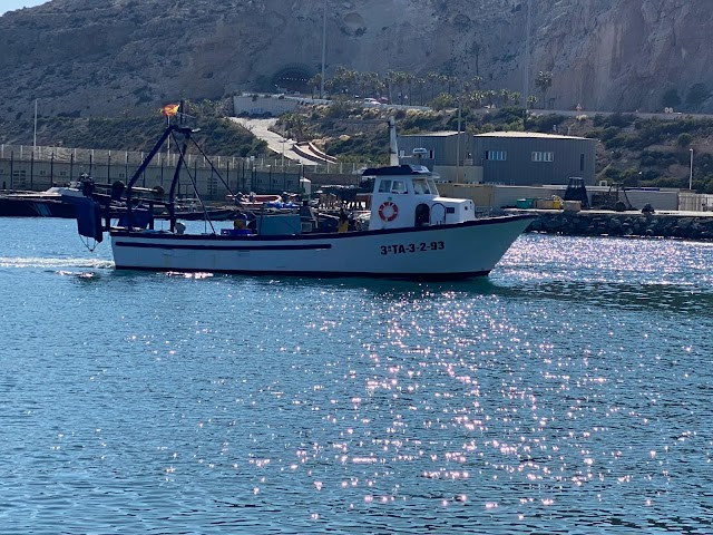 \'Germán Pedrol' el barco de Pescadería El Faro.
