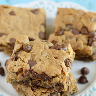 Healthy Peanut Butter Chocolate Chip Oatmeal Bars.