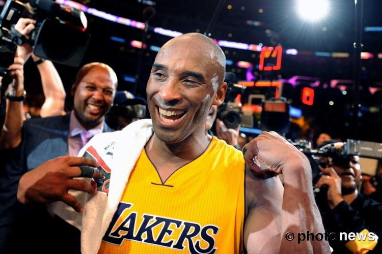 Iconische handdoek van Kobe Bryant gaat voor erg hoog bedrag onder de veilingshamer