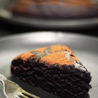 Duncan Hines-Style Chocolate Cake {Gluten-Free, Vegan, Refined Sugar-Free}