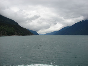 Photo: Looking southward down Taiya Inlet from the ferry.