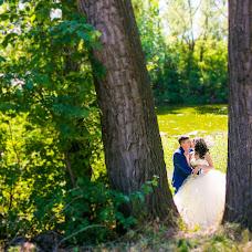 Wedding photographer Lena Bulycheva (Bela). Photo of 08.03.2016