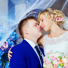 Wedding photographer Oksana Karaush (sand). Photo of 23.11.2015