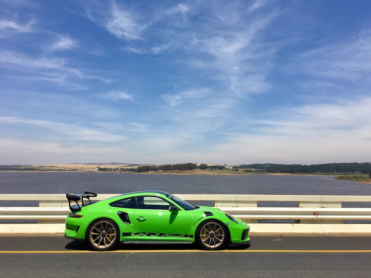 The Porsche 911 GT3 RS licked in Lizard Green paint