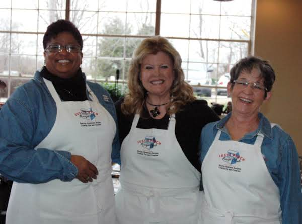 Contest Winner Sparks Up Fun and Friendship at Blue Ribbon Showcase Event