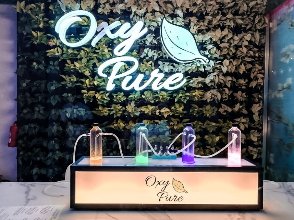 Choose aromas at OxyPure Oxygen Bar