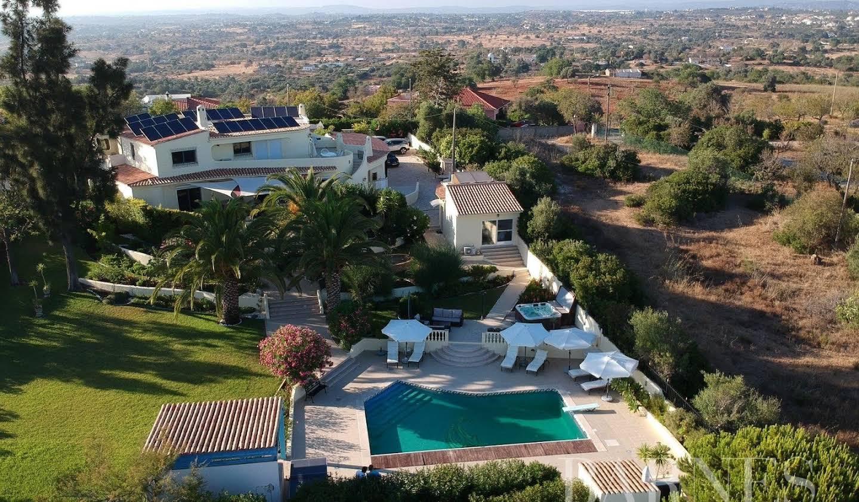 Villa avec piscine Guia