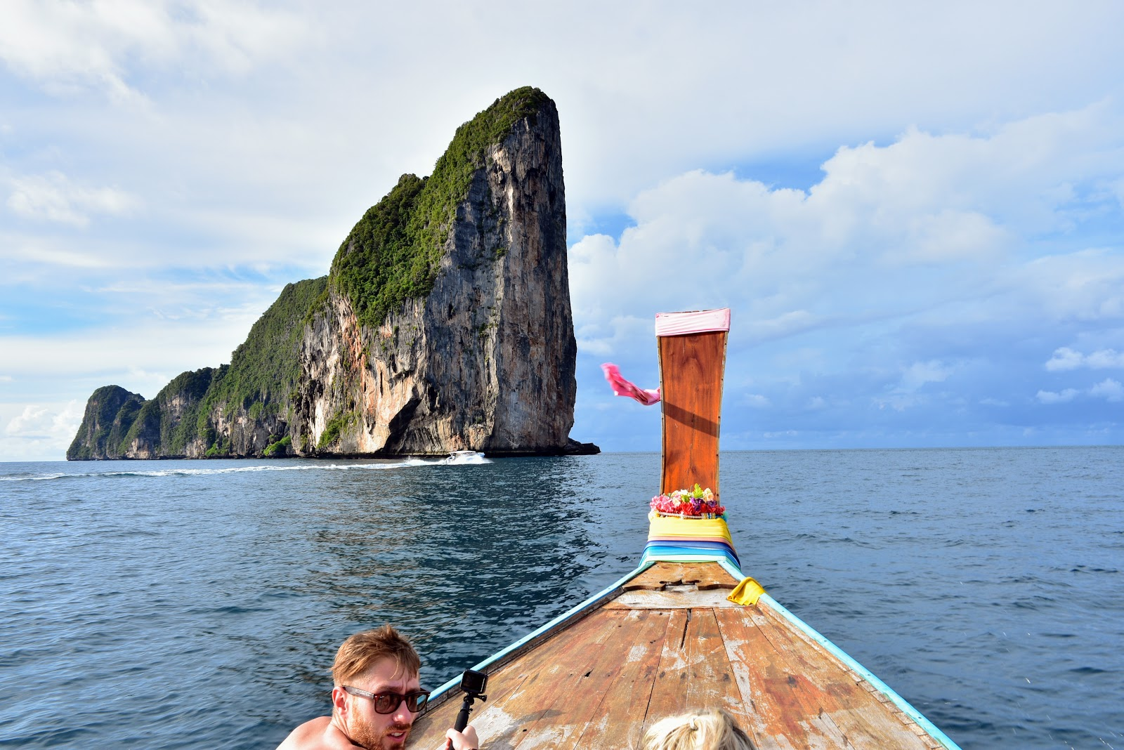 One Day Tour to Phi Phi Leh by Longtail Boat from Phi Phi Don