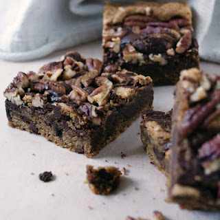 Chocolate Pecan Blondies