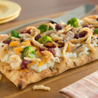 Thanksgiving Leftovers' Pizza Recipe
