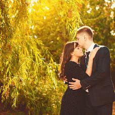 Wedding photographer Oksana Novosadova (Oks-FOX). Photo of 09.09.2013