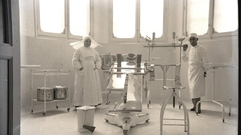 Quirófano del Hospital Provincial en 1934, en el mismo lugar donde Romero realizó su proeza.