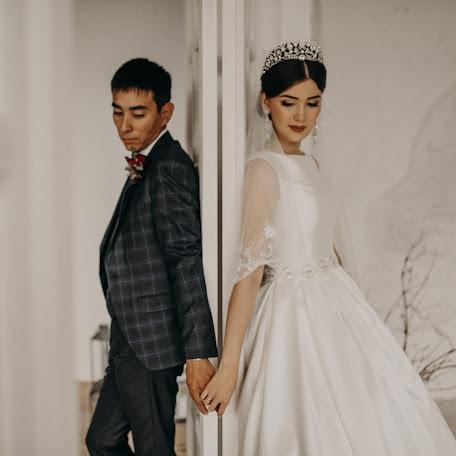 Wedding photographer Yana Smetana (yanasmietana). Photo of 15.02.2018