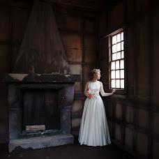 Wedding photographer Irina Larina (Apelsinka). Photo of 04.03.2014