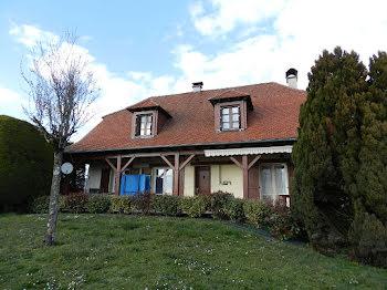 maison à Mourjou (15)