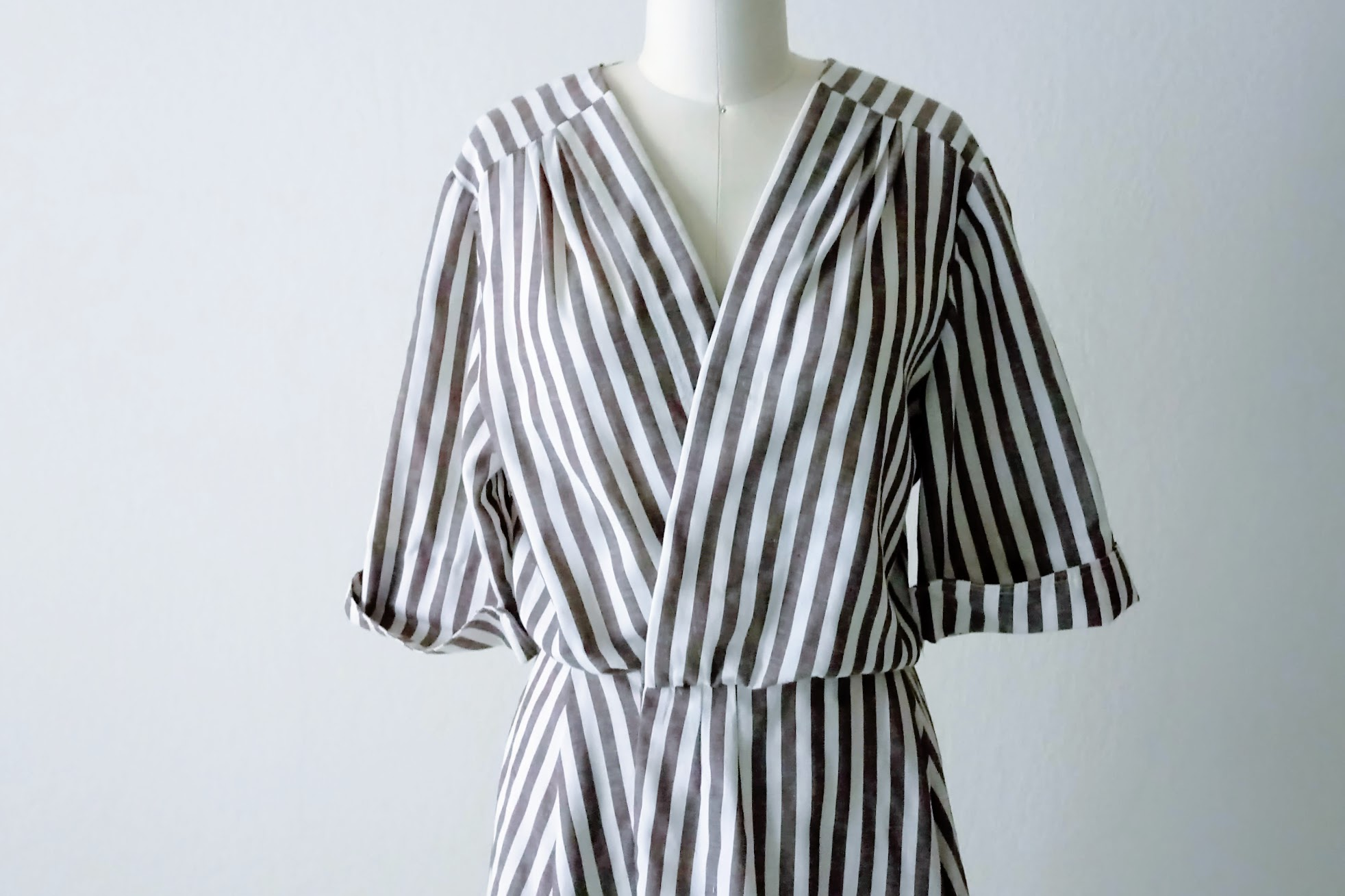 Refashioned Striped Wrap Dress - DIY Fashion project | fafafoom.com
