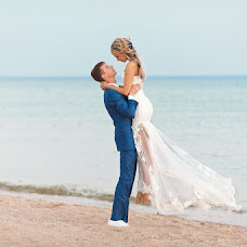 Wedding photographer Ilya Latyshev (iLatyshew). Photo of 08.10.2014