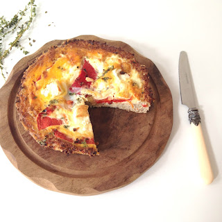 Red Pepper and Feta Quiche With a Cauliflower and Quinoa Crust