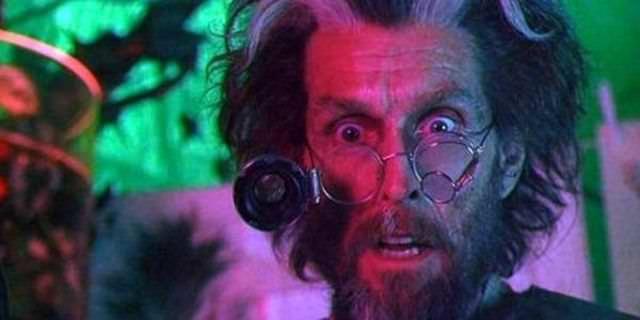 Joker Rolünün Kıyısından Dönen 10 Ünlü Aktör - John Glover