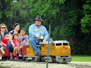 Photo: Pete Greene with UP 9449 leaving Sumrall.     HALS Public Run Day 2015-0516 9:25 AM RPW