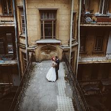Wedding photographer Sonya Badeeva (SoniaSverchok). Photo of 09.09.2013