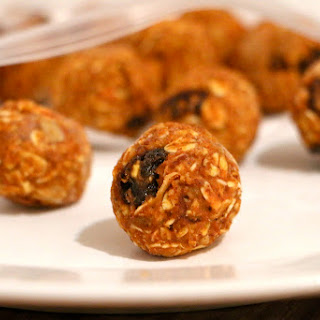 No Bake Pumpkin Raisin Bites