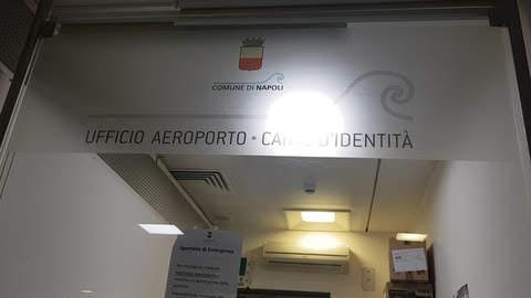Sportello anagrafe dell'aeroporto di Capodichino