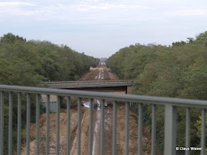 Photo: Ich glaube, das war mal eine Eisenbahnstrecke. Vielleicht aber auch eine BAB oder Landstraße, dass weiss ich nicht so genau.