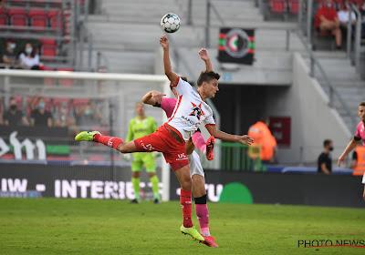 """""""Doen zoals Sadio Mané"""": Dury legt rol uit voor Vossen op de flank, 'winger' van dienst reageert zelf ook"""