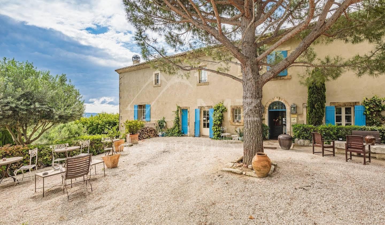 Property Saint-Rémy-de-Provence