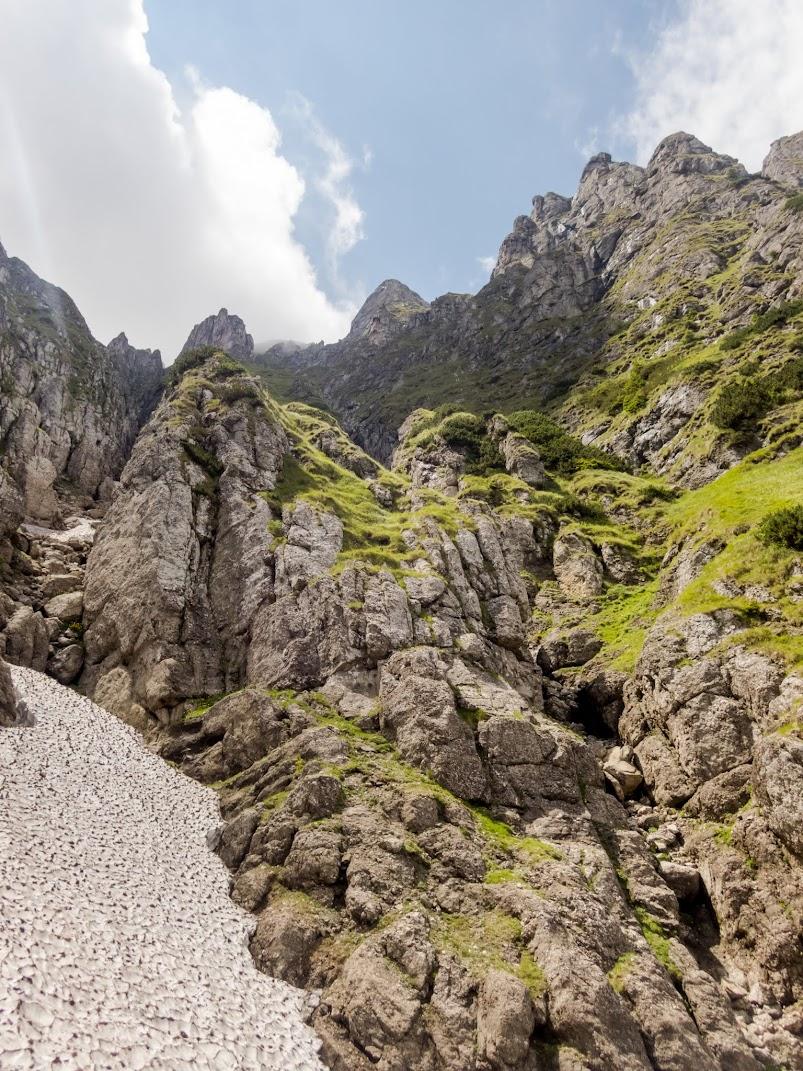 Valea Bucşoiului ratată, un Balaur şi un Morar (Munţii Bucegi)