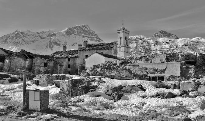 Il paese tra i monti racconta... di ScrofaniRosaria