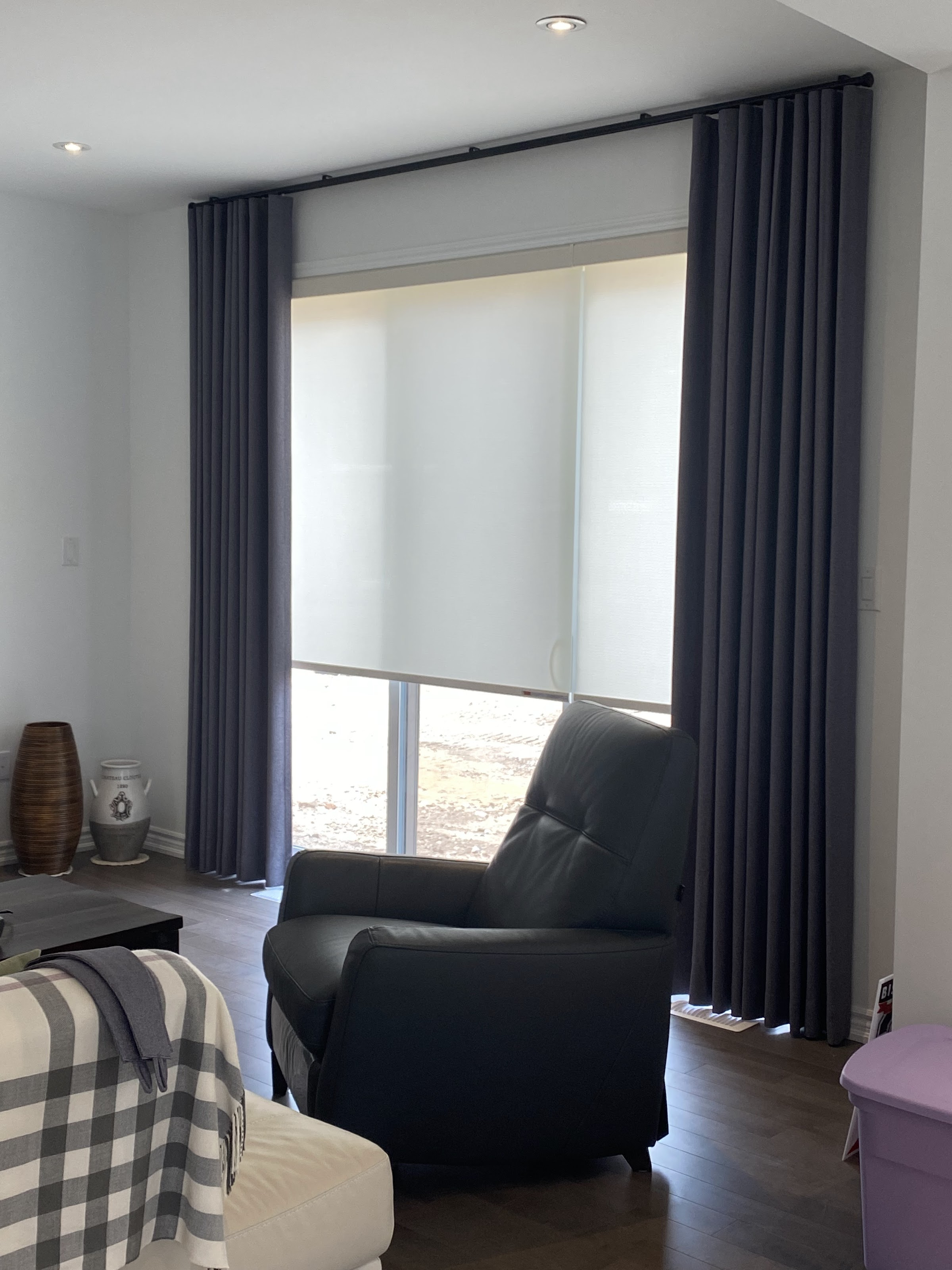 Wave Fold with Light Filtering Roller Shades