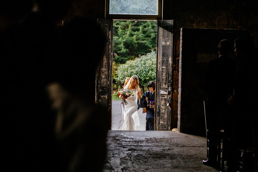 Wedding photographer Chris Sansom (sansomchris). Photo of 12.04.2017